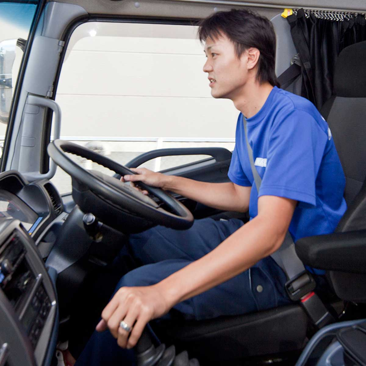 トラックドライバー(2t~10t)