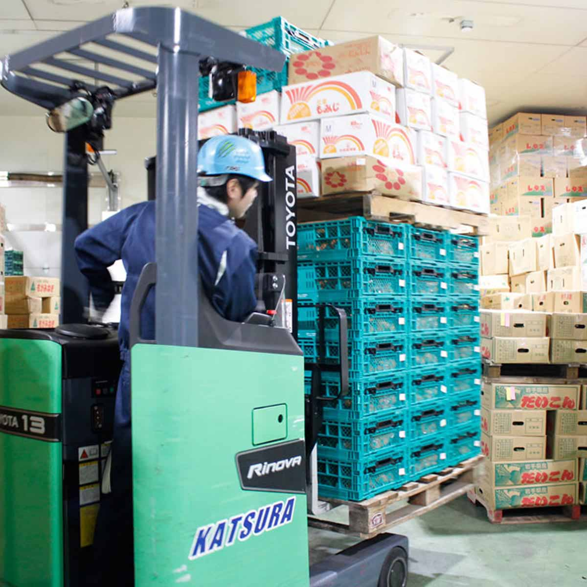 倉庫業務スタッフ